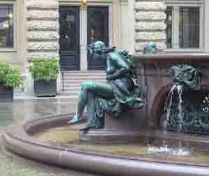Fountain in the interior courtyard of Hamburg's Rathaus -- look at all that rain!